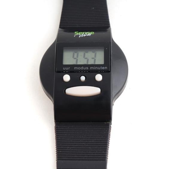 Horloge Nederlands sprekend - Zwart